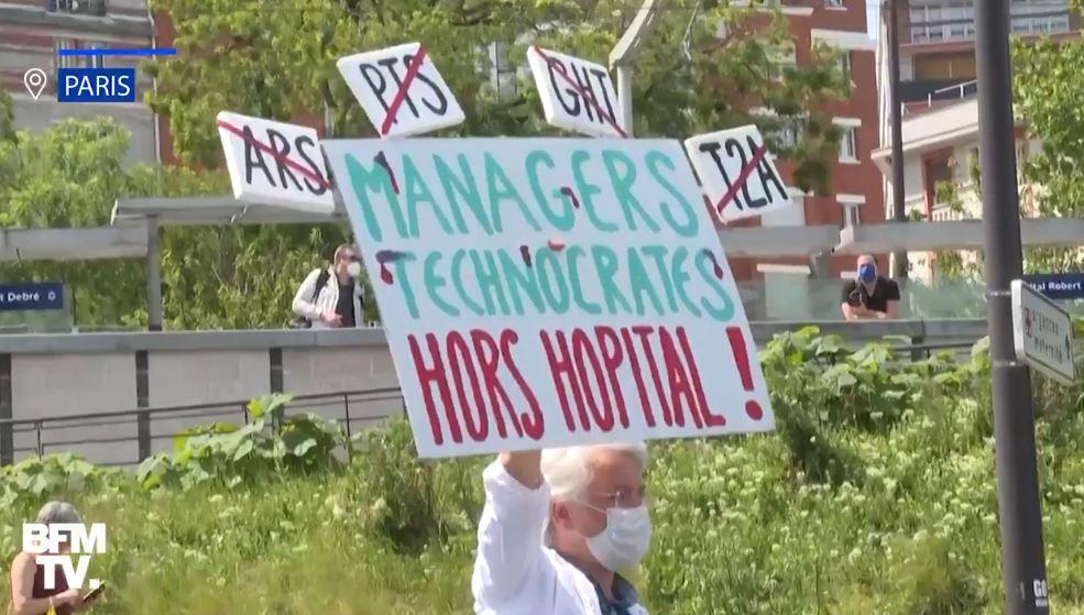 Premières manifestations contre la politique criminelle qui a tué l'hôpital public !