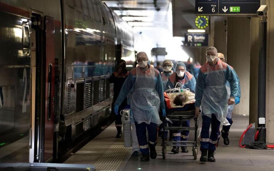 Covid-19 : le rapport choc des pompiers sur la gestion de la pandémie