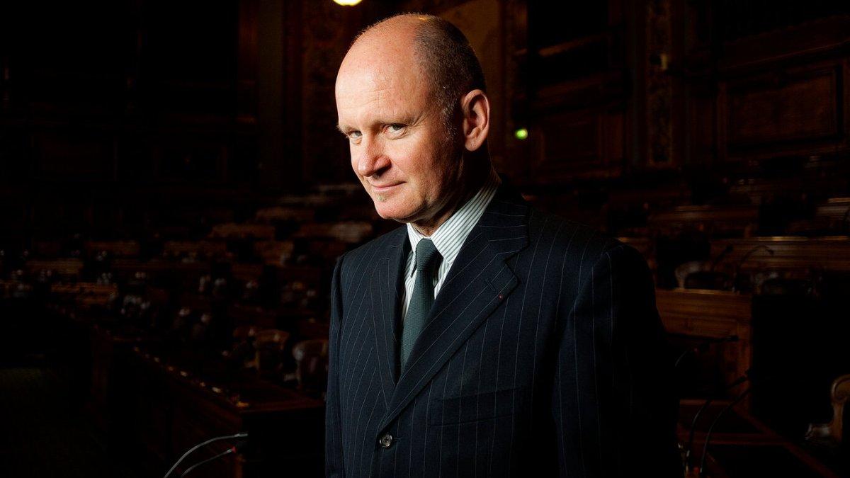 Christophe Girard, ex-adjoint au maire de Paris, accusé d'abus sexuels !