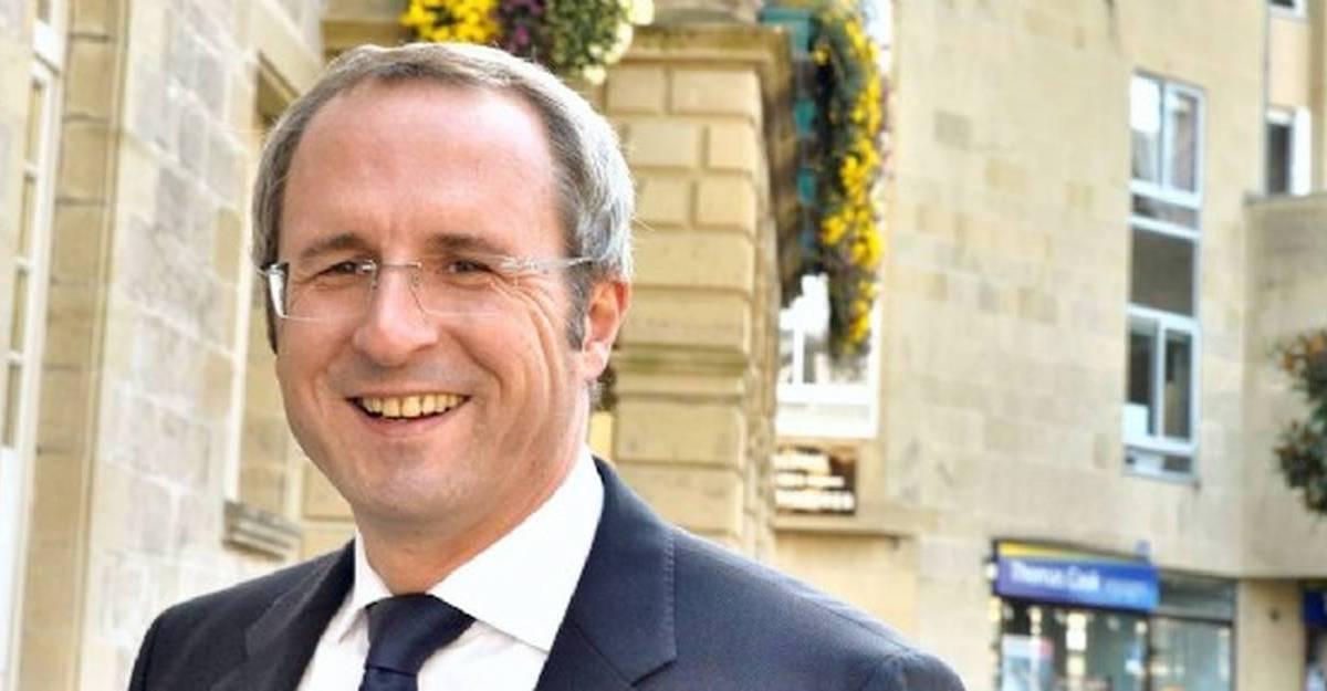 Le maire de Brive-la-Gaillarde refuse de fermer les commerces non alimentaires