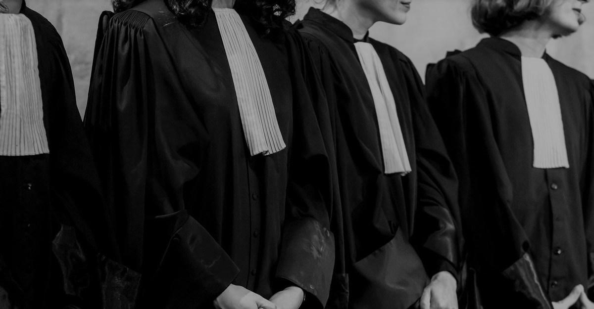 1000 avocats appellent « au déconfinement et à défendre la vie sous tous ses aspects » !