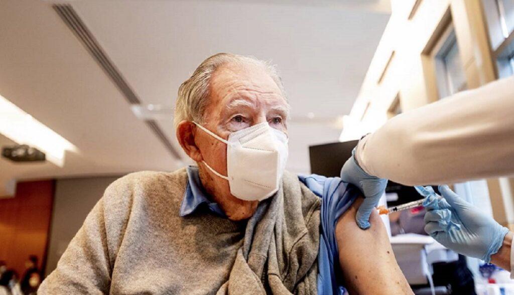 Hécatombe : mort de 11 résidents « vaccinés » dans une maison de retraite à Madrid a conduit à une plainte pour homicide