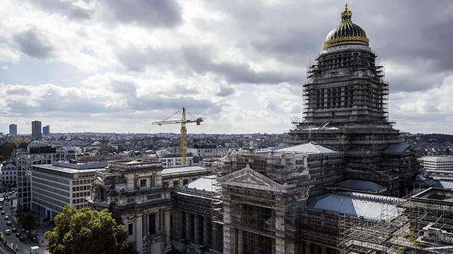 Le tribunal de Bruxelles condamne l'État à lever les mesures Covid dans les 30 jours
