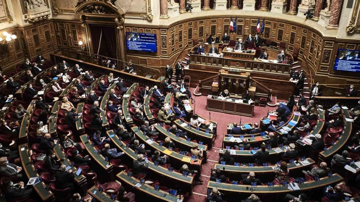 Amnesty International France condamne un texte discriminatoire et demande le retrait des dispositions contraires au droit international