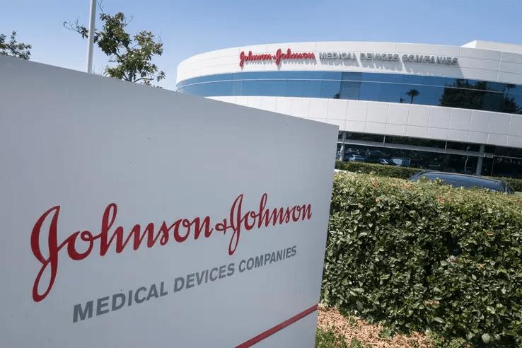 Les autorités sanitaires US stoppent la production de Johnson & Johnson dans une usine