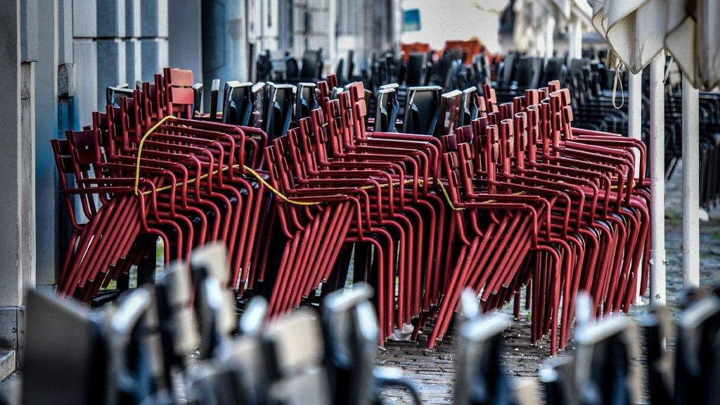 Un tribunal belge juge illégale la fermeture des restaurants !