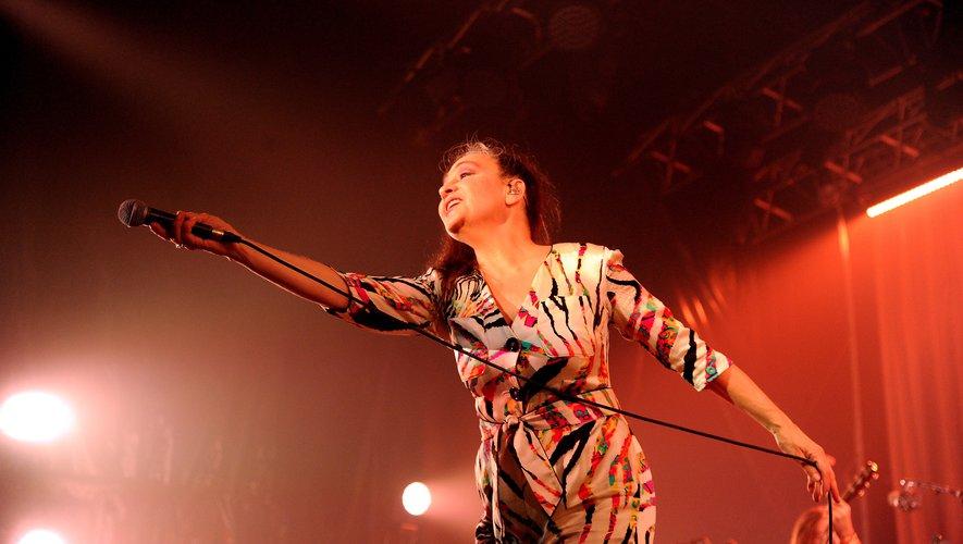 Covidiots : le concert de Catherine Ringer annulé !