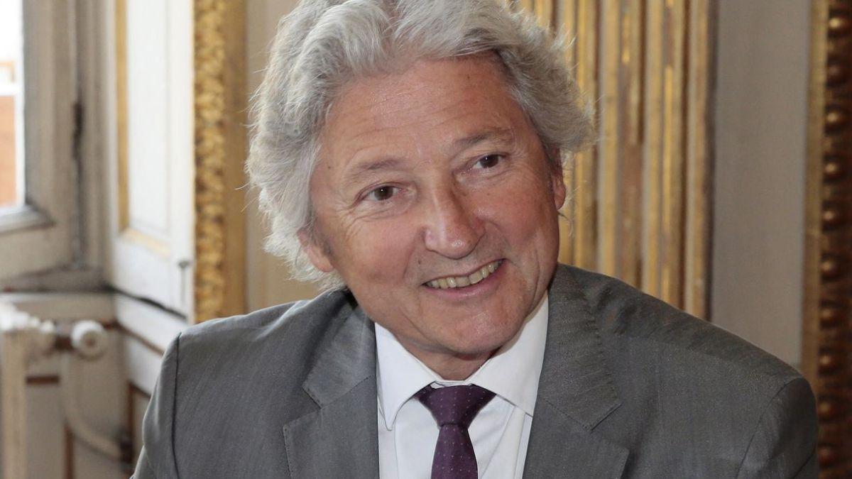 Projet de loi sanitaire : « Un fort risque d'inconstitutionnalité », selon le juriste Dominique Rousseau
