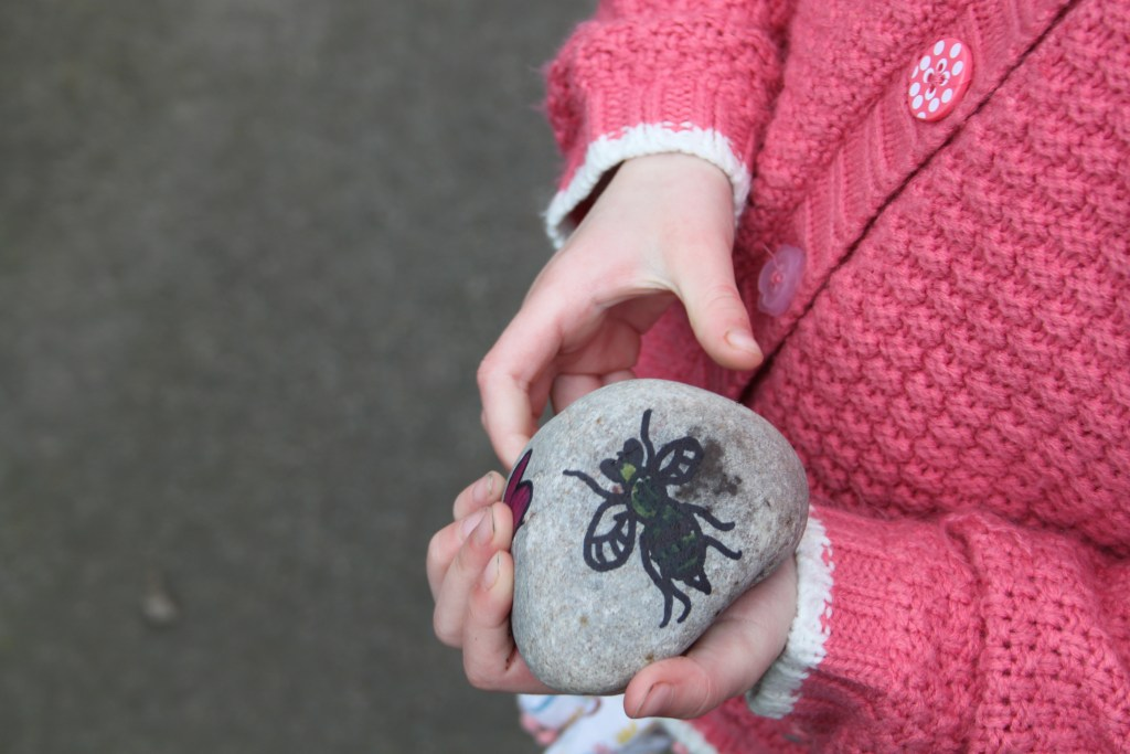 Painted rocks – the New Fun Family Craze