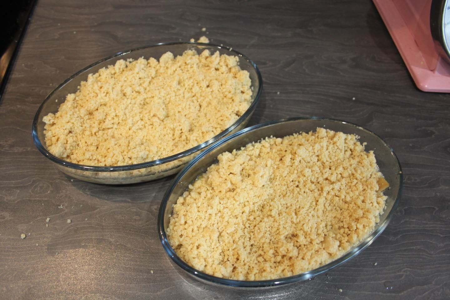 Quick and Easy Rhubarb Crumble