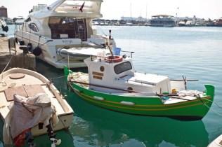 Fiskebåt i Rhodos hamn