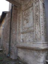 Arco degli Argentari: lato interno destro