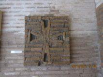 Porta S.Sebastiano: calco di una croce che decorava una porta