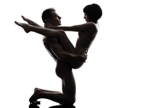 kneeling v (1)