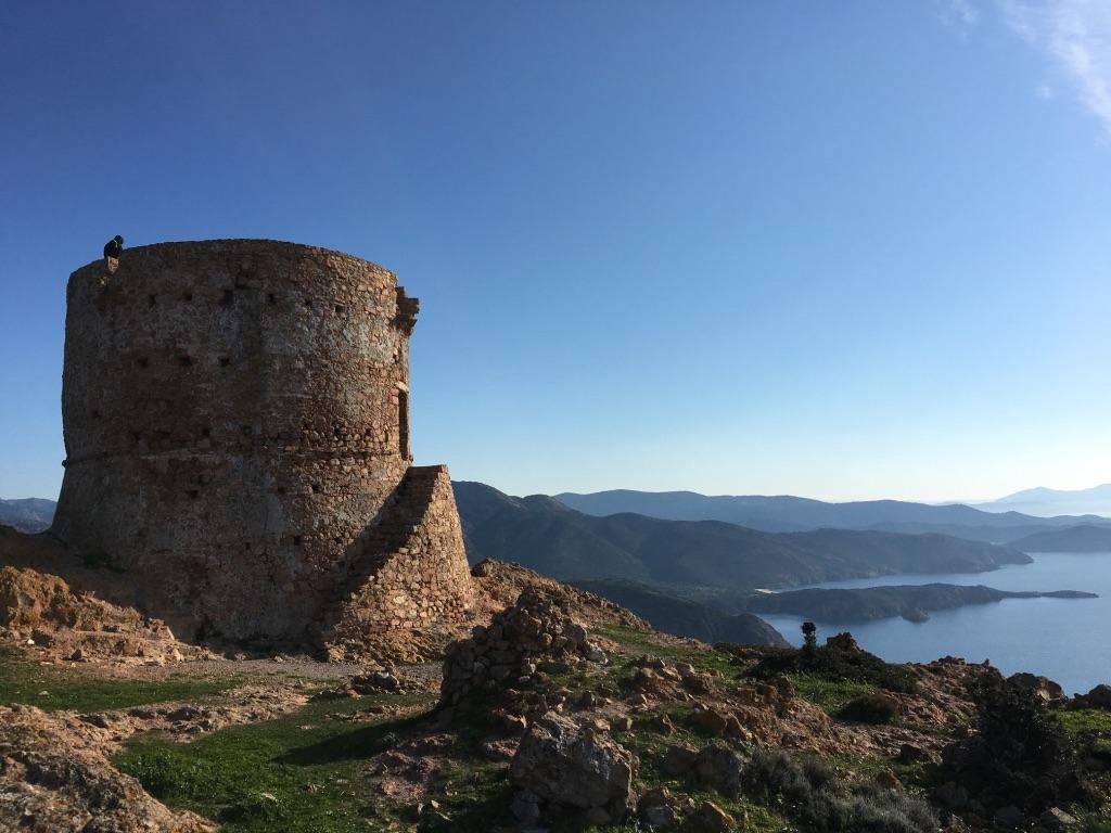 Vue du sommet de la tour de Capu Rossu à Piana - Camping à la Ferme Le Mandriale à Cargese, Corse-du-Sud