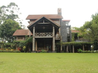 Villa 6 Kamar di Lembang