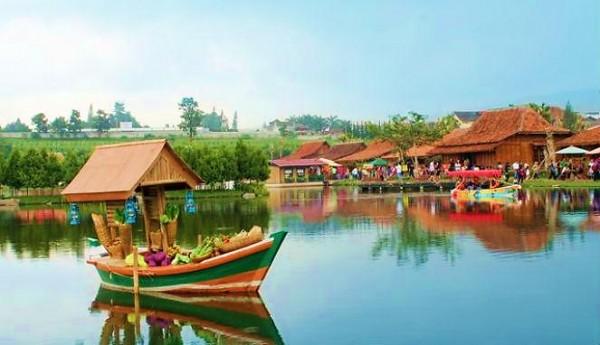Penginapan Dekat Floating Market Lembang