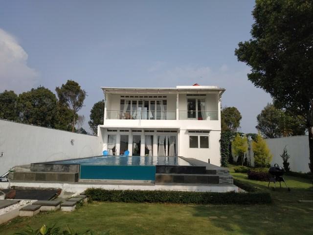 Villa 3 Kamar Kolam Renag