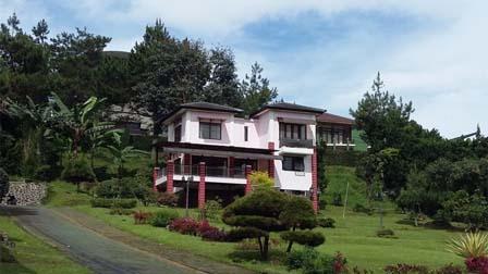 Villa Yusril