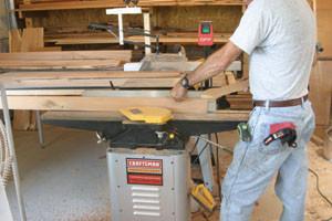 biaya pengeleman kayu