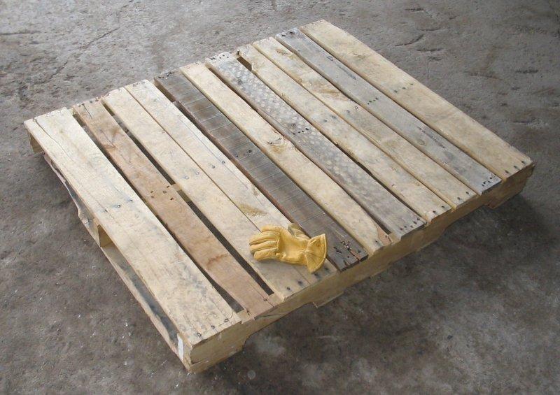 kayu pallet
