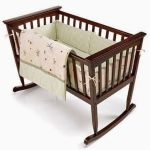 lem-kayu-kuat-untuk-Baby-Bed