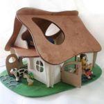 rumah kayu barbie