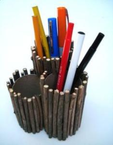 tempat-pensil-ranting-kayu