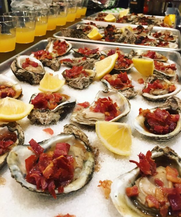 Broiled oysters with port and bacon