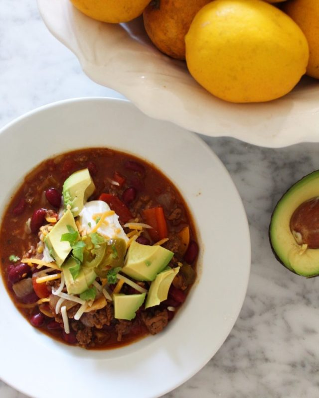 Blue Ribbon Chili with bowl of citrus