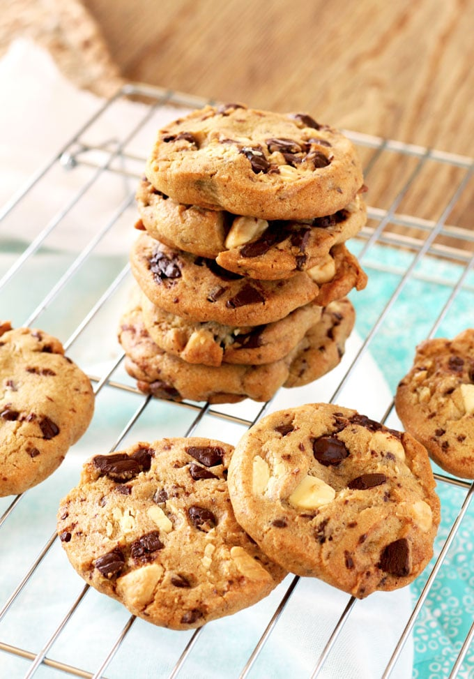 "At home, my oldest son and the hubs always get into the ultimate cookie debate! The hubs likes crispy cookies - seriously crispy guys! like the hard crunchy ones that come in packages - almost at a ""cracker"" consistency (that's not weird, right?). My son on the other hand, likes soft and chewy cookies. The softer the better - at a raw consistency almost! They honestly drives me crazy!!"