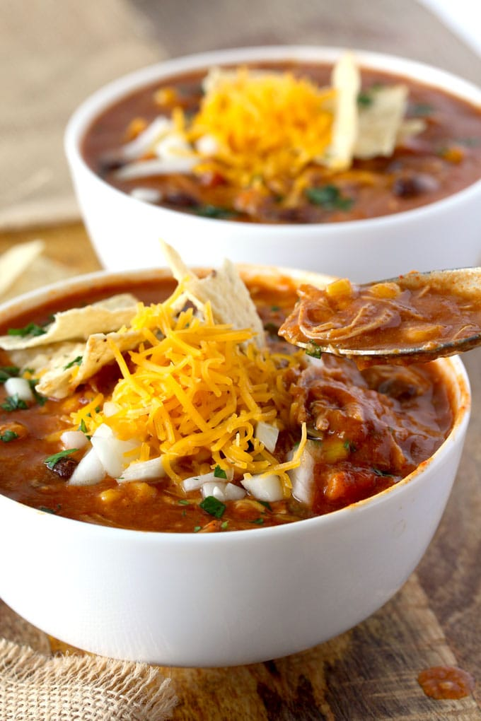 Slow cooker chicken enchilada soup lemon blossoms this slow cooker chicken enchilada soup is bursting with flavor cheesy creamy and full forumfinder Image collections