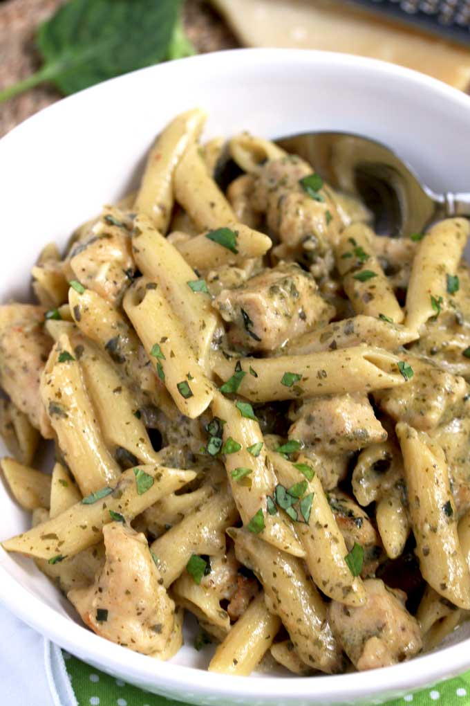 Chicken Pesto Pasta in a white bowl