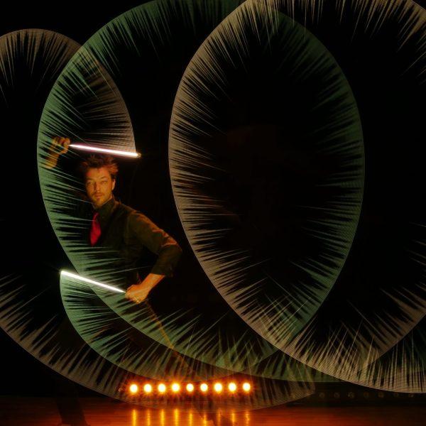 LE Monde de Félix Crazy Vision spectacle lumière animation light show Paris france