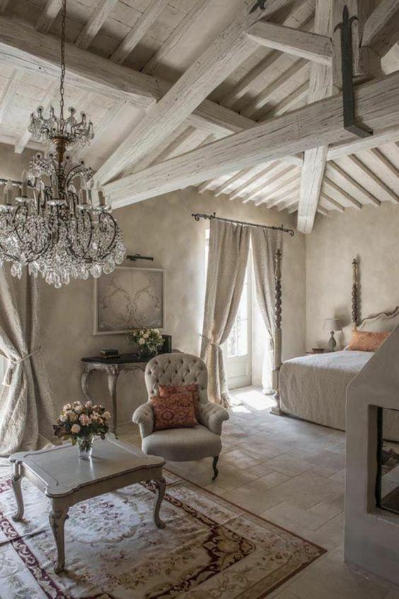 7 månader sedan vitt hus med vita knutar. Maison Style Shabby Chic Boutique Decoration Le Monde De Rose