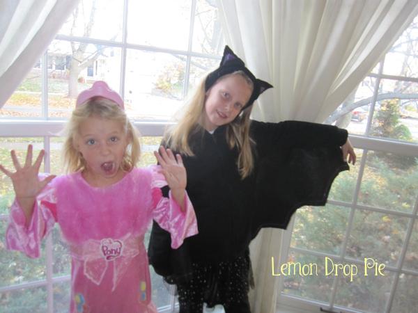 pinkie pie and bat