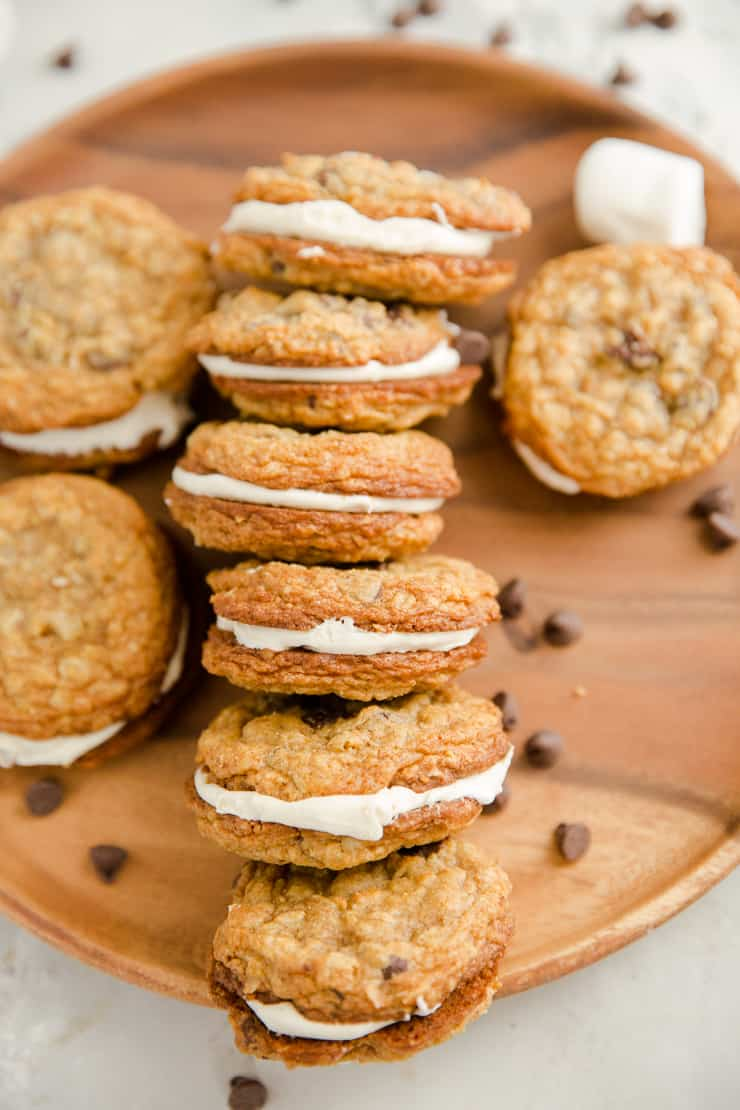 oatmeal cream pies lined up in a row