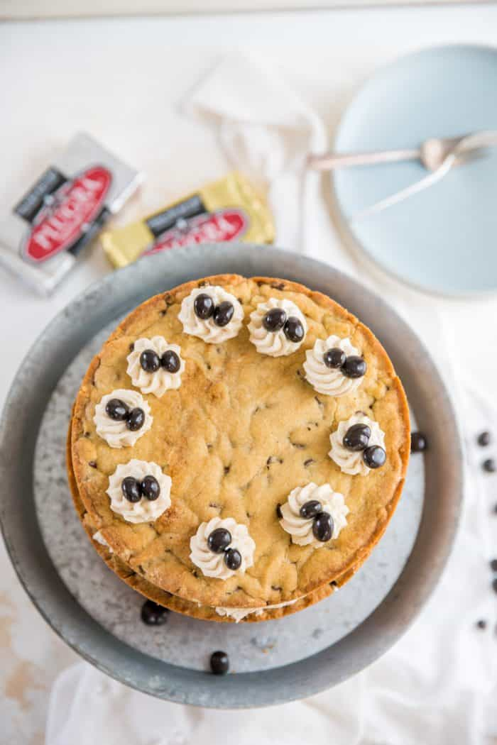 chocolate chip cookie cake top down view