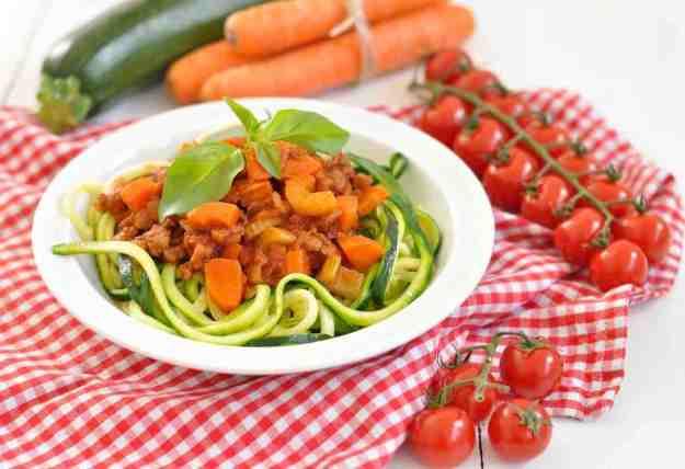 Vegane Spagetti Bolognese mit Zucchini Nudeln