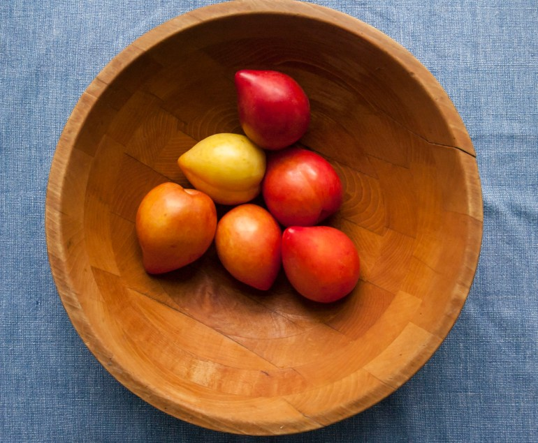 Ripening lemon plums