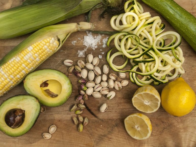 Zucchini and Corn Salad is an easy and fresh salad hot those hot summer days. No need to turn on the oven , slice and mix.
