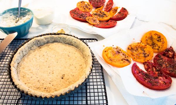 Tomato tart recipe with ricotta and Mediterranean seasonings