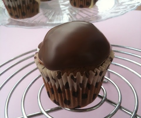 cupcakes de dos chocolates y merengue