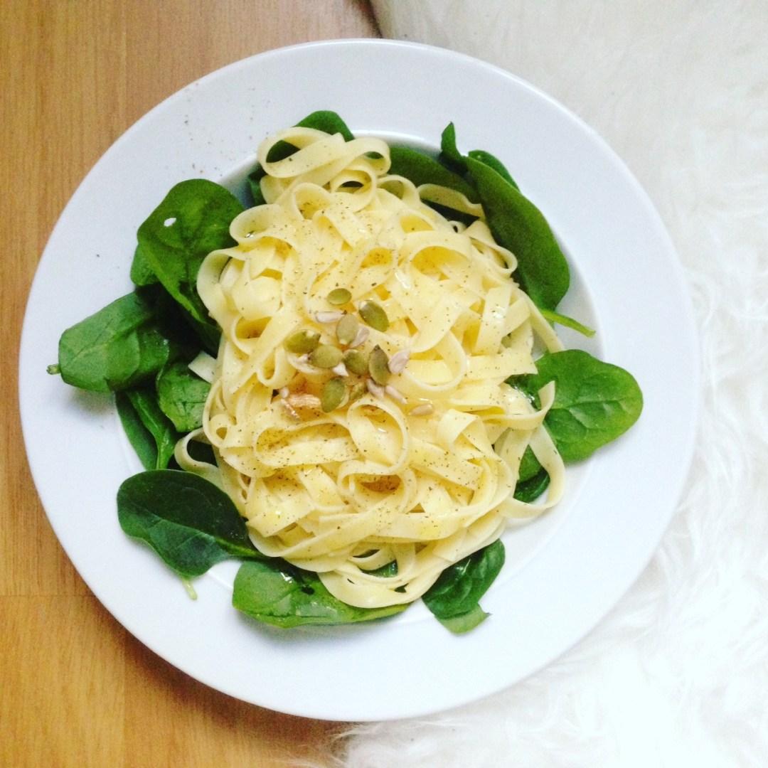 pasta con espinacas