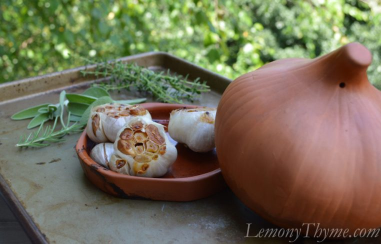 Terracotta Garlic Roaster