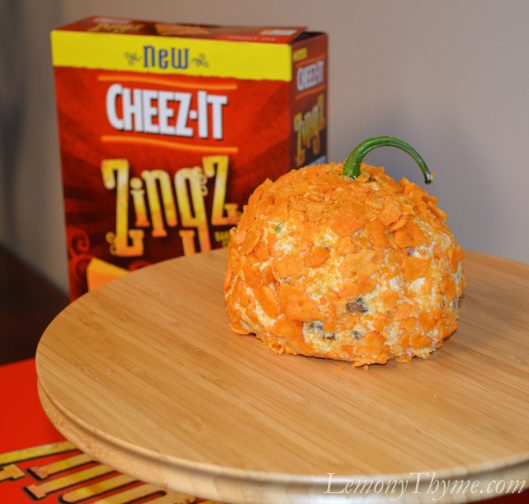 Chipotle Smoked Cheddar Cheese Ball {with Bacon & Jalapeno}1
