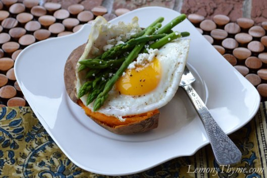 Baked Sweet Potato with Steamed Asparagus & Fried Egg1