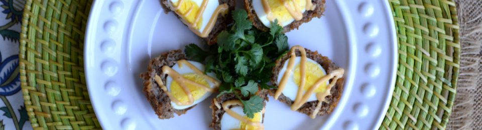 Scotch Eggs with Sriracha Mayo2