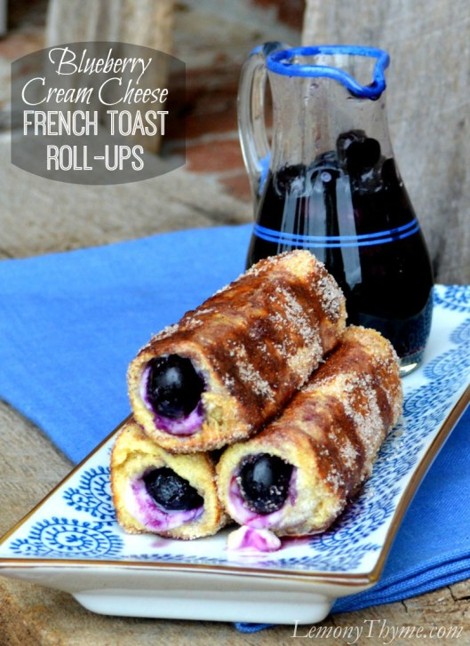 Blueberry Cream Cheese French Toast Roll-Ups | LemonyThyme.com