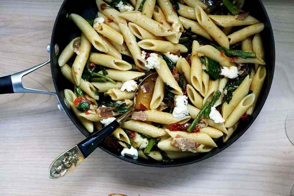 one pan pasta_lenaskitchen_final closeup